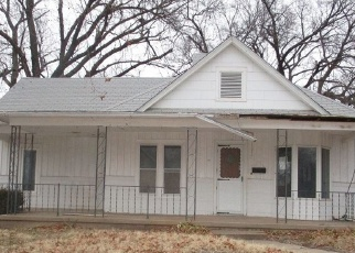 Foreclosed Home in Kingman 67068 W G AVE - Property ID: 4377297547