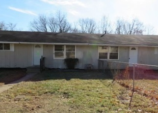 Foreclosed Home in Kansas City 66102 WOOD AVE - Property ID: 4377304556