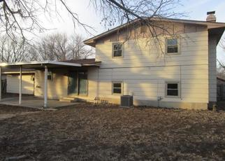 Foreclosed Home in Hutchinson 67502 E 32ND TER - Property ID: 4377338269