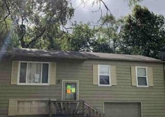 Foreclosed Home in Kansas City 66112 BARNETT AVE - Property ID: 4377343985