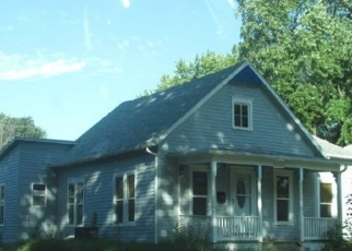 Foreclosed Home in Wamego 66547 PINE ST - Property ID: 4377347922