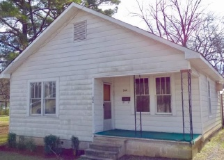 Foreclosed Home in Bessemer 35020 7TH ST S - Property ID: 4377370241