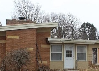 Foreclosed Home in Eagle Grove 50533 PARKVIEW DR - Property ID: 4377443838