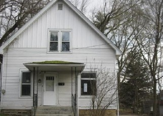 Foreclosed Home in Savanna 61074 WALNUT ST - Property ID: 4377455209