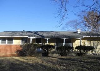 Foreclosed Home in Macomb 61455 N GLENOAK DR - Property ID: 4377461343