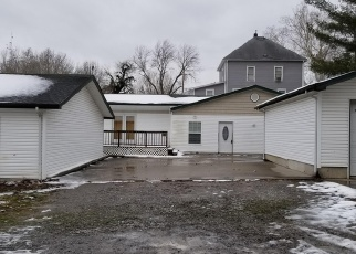 Foreclosed Home in Murphysboro 62966 CLAY ST - Property ID: 4377549376