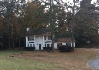 Foreclosed Home in Fayetteville 30215 HERITAGE FARM LN - Property ID: 4377733775