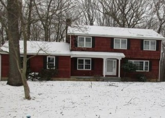 Foreclosed Home in Monroe 06468 WILLIAMSBURG DR - Property ID: 4377785900