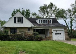 Foreclosed Home in Cleveland 44121 COLONY RD - Property ID: 4377801659