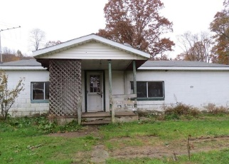 Foreclosed Home in Mill Run 15464 MAPLE SUMMIT RD - Property ID: 4378022393