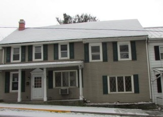 Foreclosed Home in Halifax 17032 MARKET ST - Property ID: 4378061818