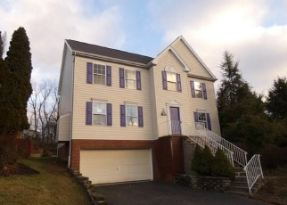 Foreclosed Home in Pittsburgh 15220 OAKBROOK CIR - Property ID: 4378071895