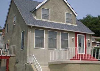 Foreclosed Home in Staten Island 10304 DELLWOOD RD - Property ID: 4378161671