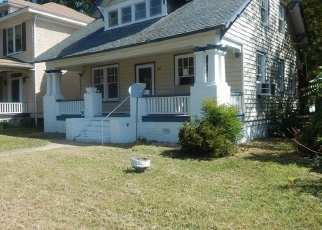 Foreclosed Home in Richmond 23222 LAMB AVE - Property ID: 4378224295