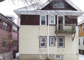 Foreclosed Home in Milwaukee 53208 N HI MOUNT BLVD - Property ID: 4378350431