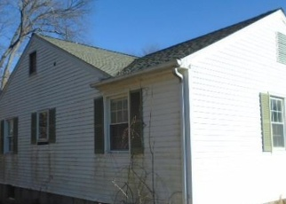 Foreclosed Home in Danbury 06811 BEVERLY DR - Property ID: 4378392483