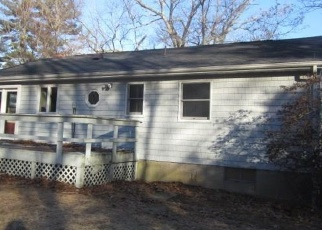 Foreclosed Home in Moodus 06469 GREAT HILLWOOD RD - Property ID: 4378399939