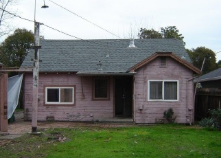 Foreclosed Home in Stockton 95205 HIAWATHA AVE - Property ID: 4378411311