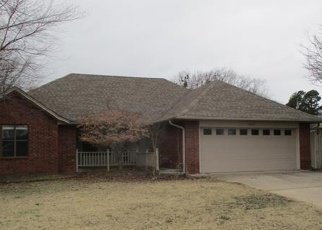 Foreclosed Home in Poteau 74953 REDWOOD LN - Property ID: 4378450738