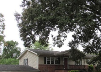 Foreclosed Home in Rossville 30741 GREENS LAKE CIR - Property ID: 4378535255