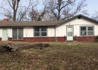 Foreclosed Home in Kansas City 64117 NE 41ST ST - Property ID: 4378655705