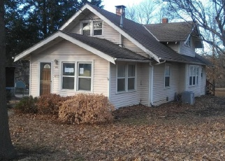 Foreclosed Home in Belton 64012 MILL ST - Property ID: 4378663590