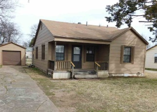 Foreclosed Home in Lawton 73507 NW IRWIN AVE - Property ID: 4378720972