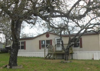 Foreclosed Home in Elmendorf 78112 HICKORY SHADOW - Property ID: 4378748560