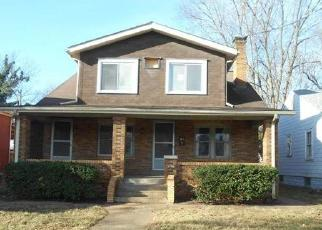 Foreclosed Home in Belleville 62226 W MAIN ST - Property ID: 4378788412