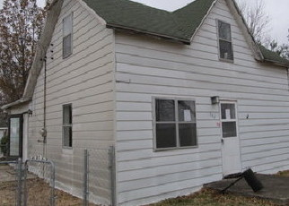 Foreclosed Home in Pocahontas 62275 WASHINGTON ST - Property ID: 4378913224