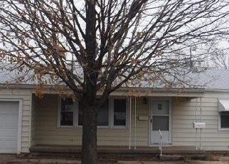Foreclosed Home in El Dorado 67042 JONES ST - Property ID: 4378987694