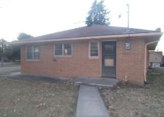 Foreclosed Home in Kansas City 66109 N 83RD ST - Property ID: 4378994701