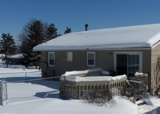 Foreclosed Home in Winona 55987 COUNTRY DR - Property ID: 4379064329