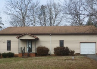 Foreclosed Home in Clemmons 27012 STYERS FERRY RD - Property ID: 4379110311