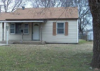 Foreclosed Home in Ponca City 74601 N PINE ST - Property ID: 4379164630