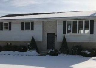 Foreclosed Home in Lehighton 18235 STATION ST - Property ID: 4379192215