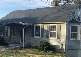 Foreclosed Home in Knoxville 37914 HOLSTON DR - Property ID: 4379226381