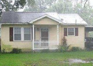 Foreclosed Home in Orange 77630 AUSTIN ST - Property ID: 4379244338