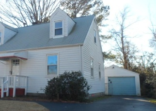 Foreclosed Home in Hampton 23661 CLIFTON ST - Property ID: 4379261419