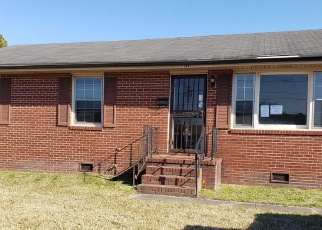 Foreclosed Home in Portsmouth 23704 EFFINGHAM ST - Property ID: 4379262292