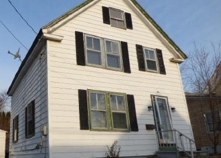 Foreclosed Home in Hampden 04444 MAIN RD N - Property ID: 4379289452