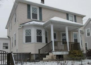 Foreclosed Home in Cranston 02910 WOODBINE ST - Property ID: 4379317930