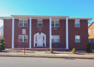 Foreclosed Home in Belleville 07109 FRANKLIN AVE BSMT B7 - Property ID: 4379364342