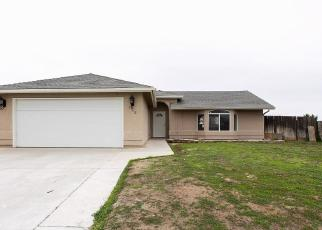 Foreclosed Home in Lindsay 93247 MONTE CIR - Property ID: 4379380103