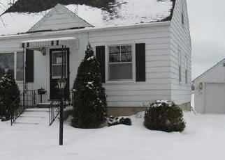 Foreclosed Home in Two Rivers 54241 19TH ST - Property ID: 4379394569