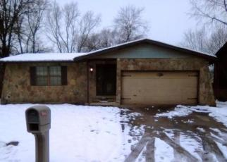 Foreclosed Home in East Saint Louis 62206 MAPLE TREE LN - Property ID: 4379444495