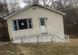 Foreclosed Home in Harpers Ferry 25425 MOUNTAINSIDE RD - Property ID: 4379449756