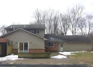 Foreclosed Home in Toledo 43623 ALBAR DR - Property ID: 4379514125
