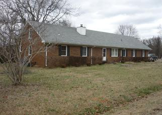 Foreclosed Home in Murfreesboro 37130 ESQUIRE DR - Property ID: 4379540408