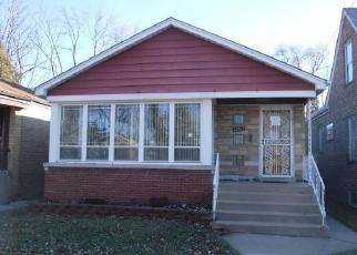 Foreclosed Home in Riverdale 60827 S WABASH AVE - Property ID: 4379615300